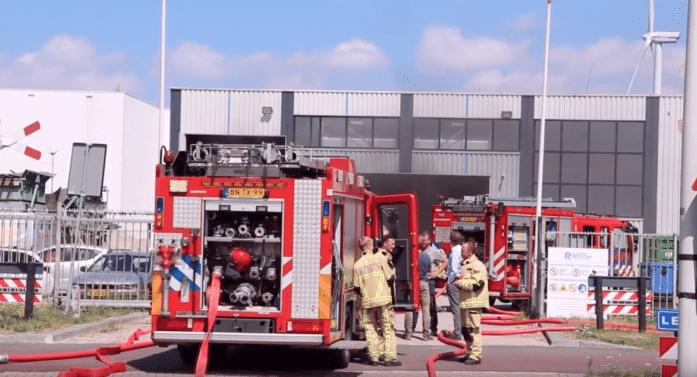 Nieuwsbericht: Brand bij Plastic Recycling Fabriek Amsterdam brandmeester zonder grote schade